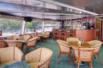 Panorama bar on the middle deck