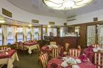 Ресторан на средней палубе